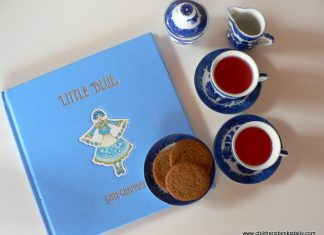 Little Blue and Berry Tea