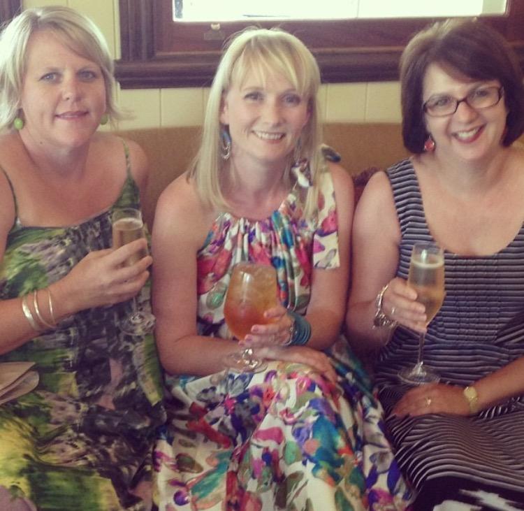 Michelle, Megan, Anita - WMAC-ians from WAAAAY back.